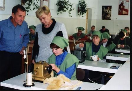 Навчання професії кравця проводиться